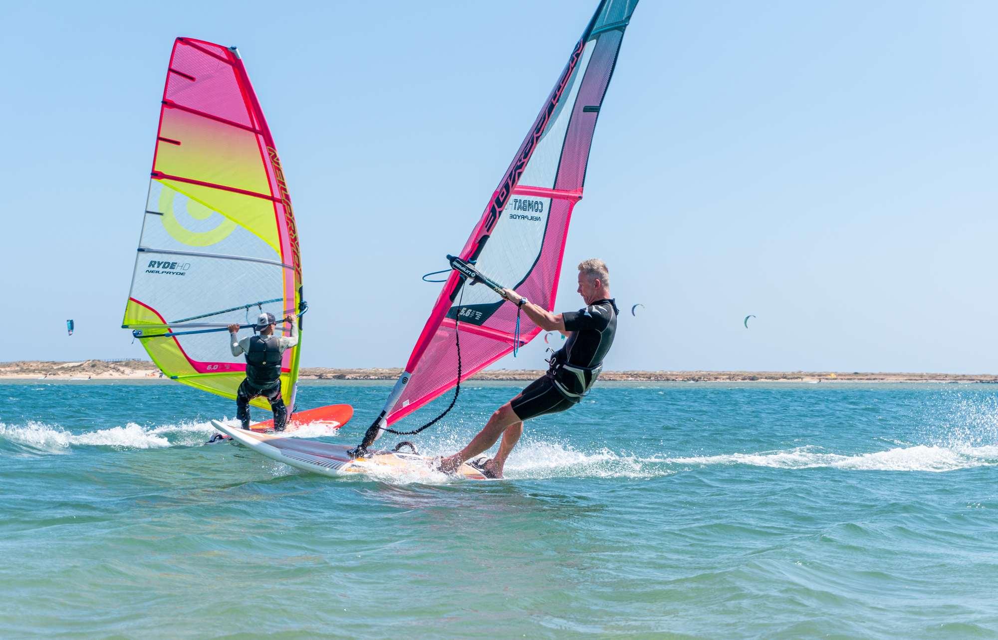 Sejour Windsurf A Lagos Portugal Spots D Evasion