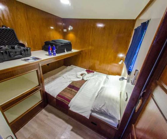 Cabine lit double nouveau bateau croisière Birmanie