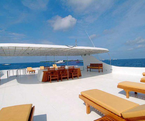Croisière plongée Maldives Haleema-Sun-deck