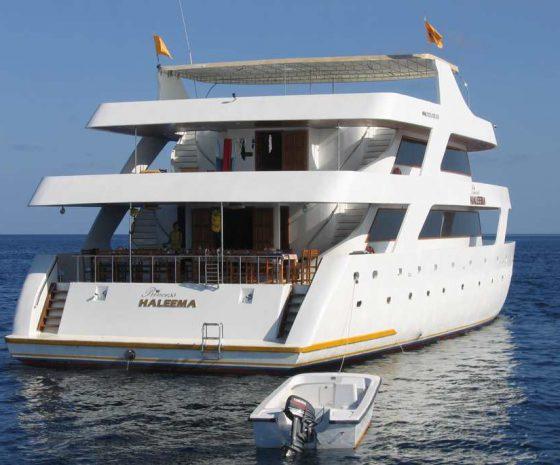 Croisière plongée Maldives Haleema arrère bateau
