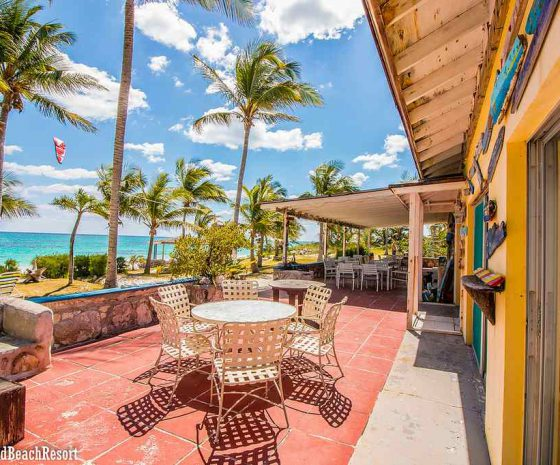 Bahamas Cat Island bar restaurant