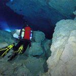 cycleur Epidaure Grèce grottes